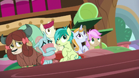Friendship students looking scared S8E15