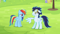 Rainbow sees Soarin now with broken wing S4E10