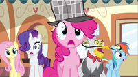 Rarity & group gasp again S2E24