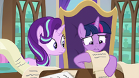 """Twilight looking for """"talk to Starlight"""" S9E1"""