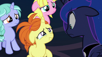 Dream Pony crying to Princess Luna S7E10