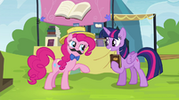 """Pinkie Pie """"told you I'd take care of everything"""" S4E22"""