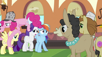 Pinkie Pie climbing across her friends S2E24