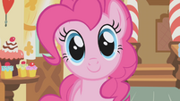 Pinkie Pie talks to Applejack S1E04