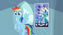 Rainbow Dash looking innocent S7E23