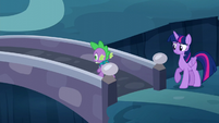 Spike crossing the bridge S5E26