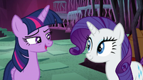 """Twilight Sparkle """"if Rarity pitches in"""" S8E26"""