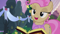 "Young Mayor Mare ""I think that's my cue"" S7E13"