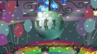 Disco ball spins with Rainboom silhouettes EGS1