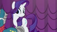 Fashion Plate walking away; Rarity feeling a bit worried S5E14