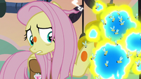 Fluttershy scared of the flash bees S7E20