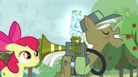 """Pest pony """"I'm sure you've got the touch"""" S5E04"""