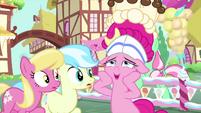 "Pinkie Pie ""it's so beautiful!"" MLPS5"
