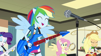 Ponified Rainbooms sing in the band room EG2