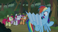 """Rainbow Dash """"I can't read this thing"""" S9E13"""