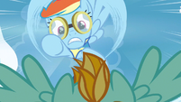 Rainbow Dash just can't see S3E7