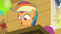Scootaloo quickly finishes the meeting S8E20