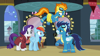 Soarin asks Rainbow if she wants to fly with them S5E15