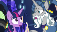 Star Swirl giving Twilight Sparkle a compliment S7E26