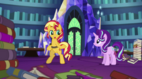 Sunset Shimmer about to leave the castle EGS3