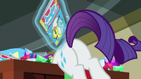 Rarity tosses ponified Archie comic out of box S9E19