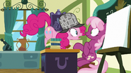 S07E23 Pinkie zaskoczona informacją