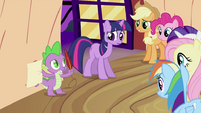 Spike with quill and paper S2E03