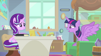 """Twilight Sparkle """"they're everywhere!"""" MLPS4"""