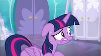 Twilight Sparkle sweating S6E1