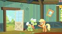 "Young Applejack ""you go start countin'"" S6E23"