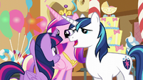 Shining Armor -neither can we- S5E19