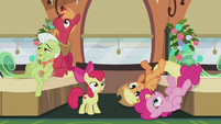 Apples and Pinkie hear the train whistle S5E20