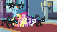 Main 6 captured by Changelings S02E26