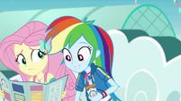 Rainbow Dash looks at the park map EGROF