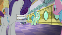 "Spa Worker ""ponies sure do love"" S6E10"