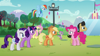 """Twilight """"What is it, Pinkie?"""" S5E24"""