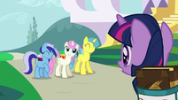 Twilight Sparkle gets invited to a party S5E12