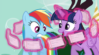 Twilight levitating flash cards in circular motion S4E21