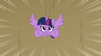 Twilight swooping up from the ground S9E13
