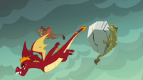 Garble flies while other dragons get hit by boulders S6E5