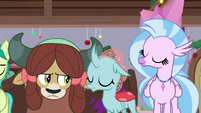 Ocellus and Silverstream close their eyes S8E16