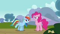 Rainbow 'Wanna hang' S3E3