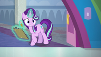 Starlight disturbed by Spoiled Rich's class S9E20