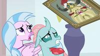 Yickslur's portrait haunts Silverstream and Ocellus S8E15