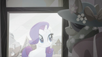 Rarity looks into the window of a Kerfuffle store. Get to know your clothes Rainbow Roadtrip
