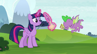 Spike flying down to Twilight S8E24