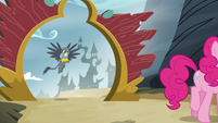 Gabby watches Pinkie Pie leave Griffonstone S6E19