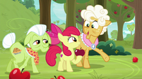 """Goldie """"he's daring you to catch him"""" S9E10"""