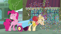 Pinkie blasts her cannon in Pouch Pony's face S6E3