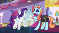 Sassy promising and Rarity dizzy S5E14